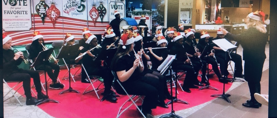 GNMS Band Competes at Mall
