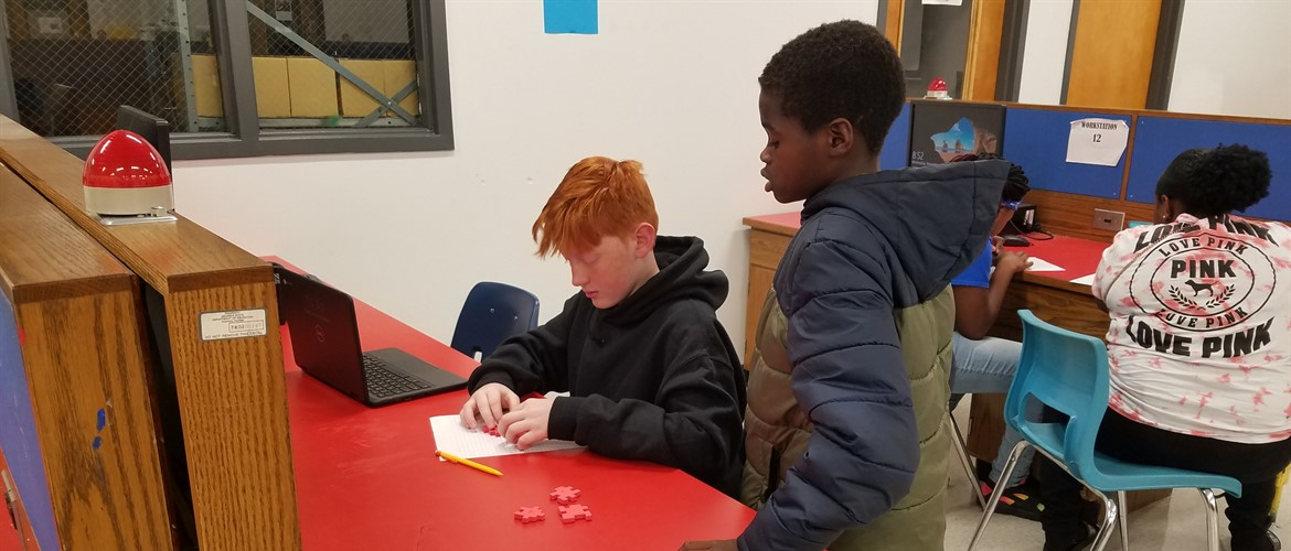 Puzzle Cubes Help Students Learn About Mechanical Dissection at GNMS