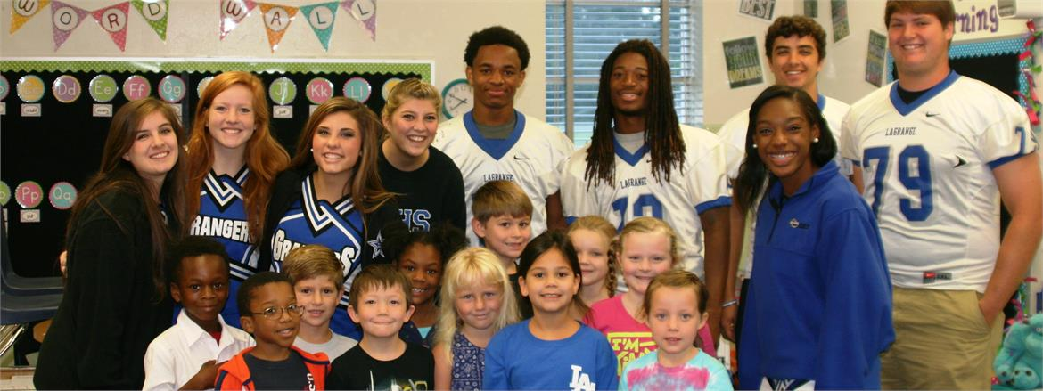LaGrange High Students Read to Elementary Classes
