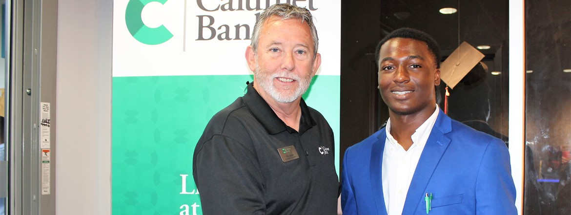 Calumet Bank Meets Students at THINC Ahead Career Fair
