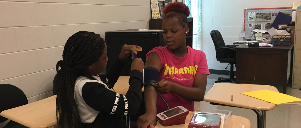 Medical Detectives learn how to measure blood pressure.