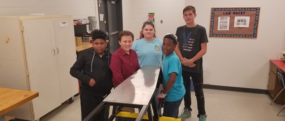 GNMS Students Work On Second Greenpower Car